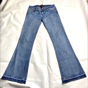 Urban behavior Flare leg jeans medium wash